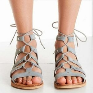 UO Willow Gry Suede Gladiator Sandals